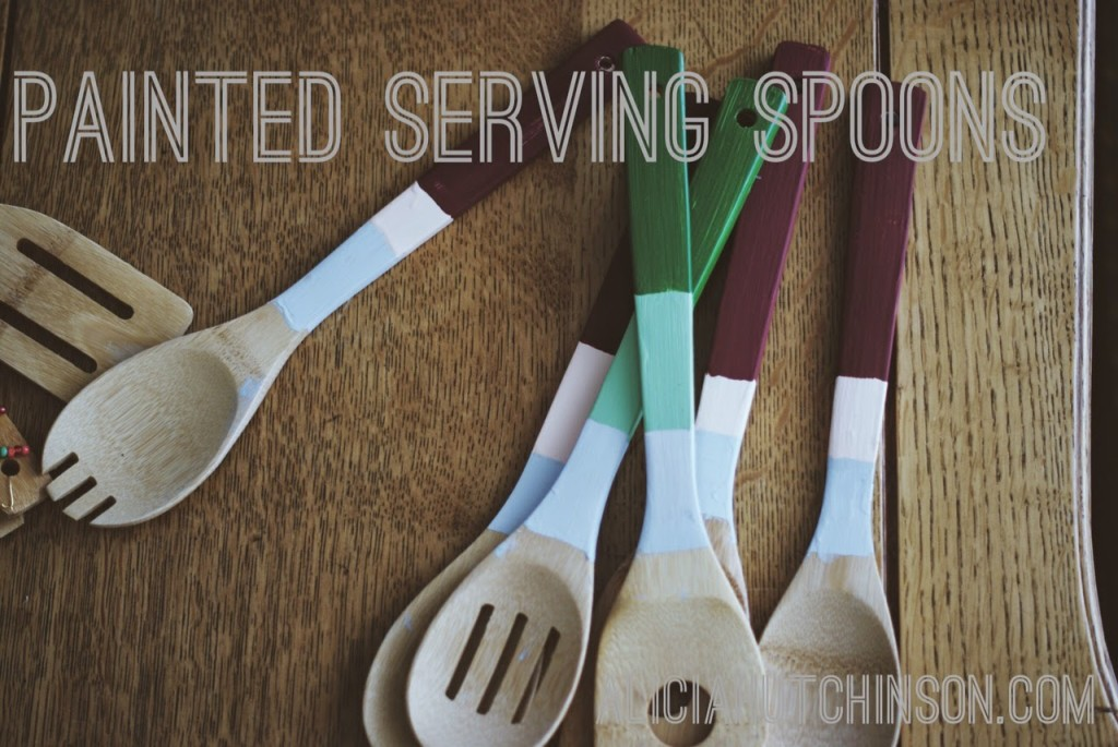Painted or beaded serving spoons are a great gift to make with your kids. Handmade Christmas gifts are so much fun to give.
