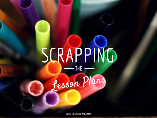 http://www.aliciahutchinson.com/2015/01/scrapping-lesson-plans/#uds-search-results