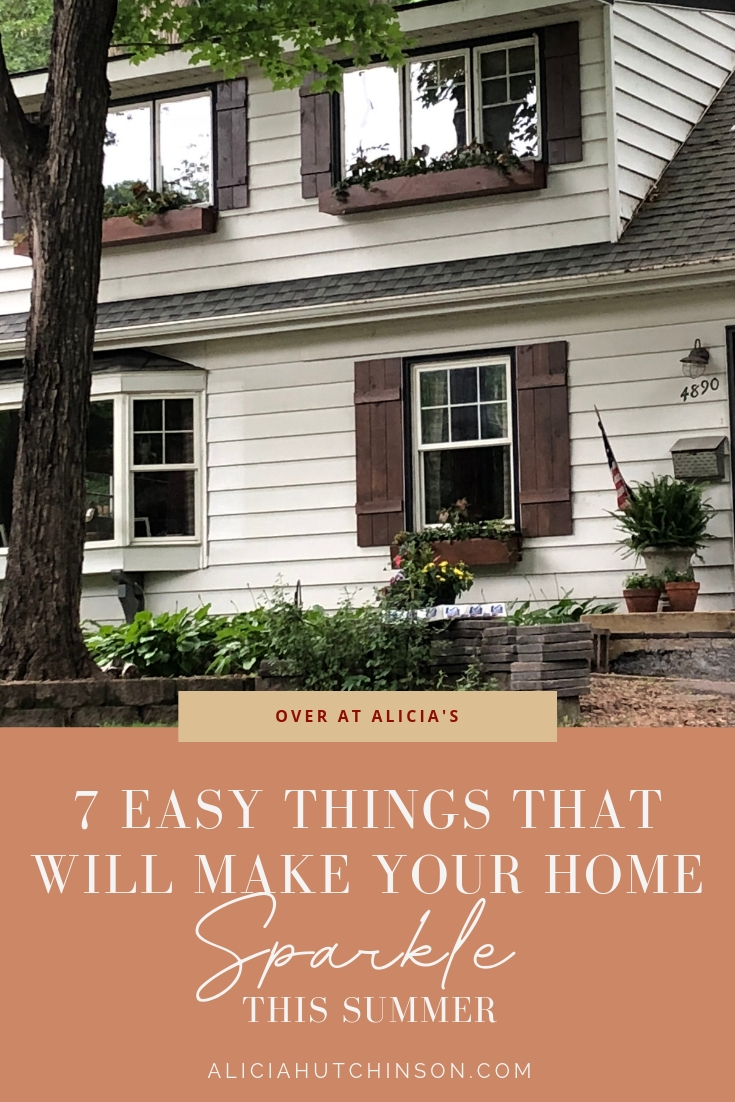 7 Easy Things that Will Make Your Home Sparkle from Over at Alicia's